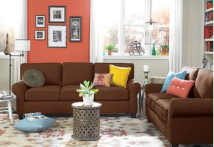 Loveseats, Sofas & Sectionals