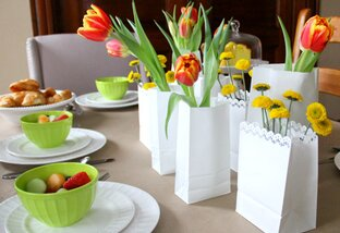 5 DIY Spring Table Centerpieces