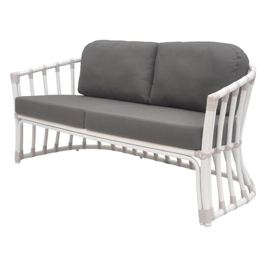 David Francis Furniture Laguna Loveseat with Cushions