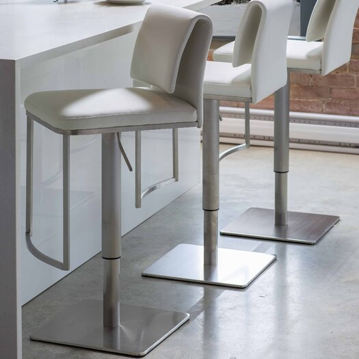 Neo Hydraulic Adjustable Height Bar Stool
