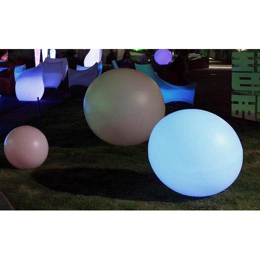 100 Essentials Brightness Outdoor Floor Lamp