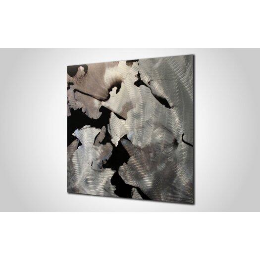 Metal Art Studio Flower Graphic Art Plaque