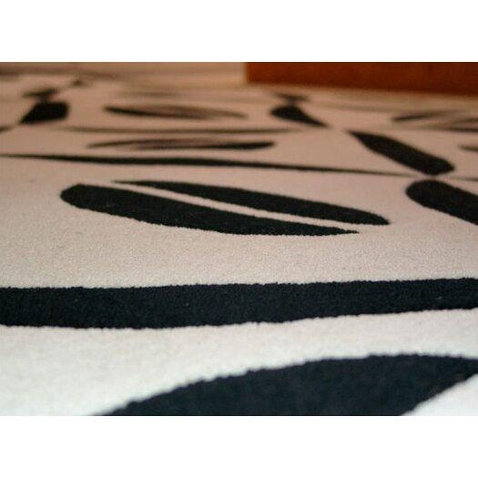 Designer Carpets Verner Panton VP III Black/White Area Rug
