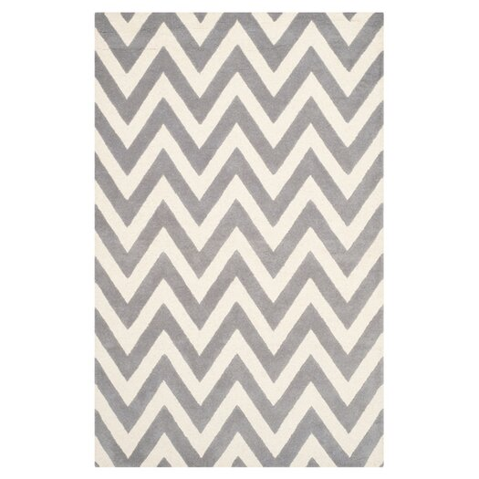 Safavieh Cambridge Chevron Silver & Ivory Area Rug