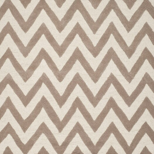 Safavieh Cambridge Beige/Ivory Area Rug