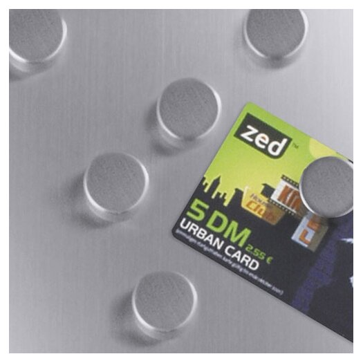 ZACK Cult Magnet