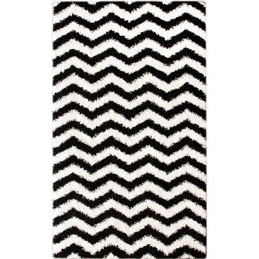 nuLOOM Shaggy Chevron Black/White Outdoor Area Rug