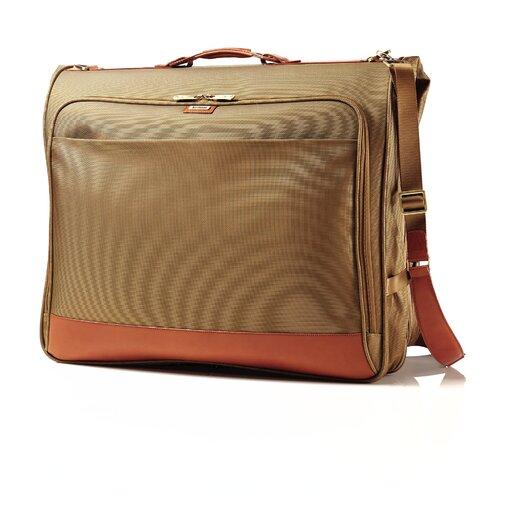 Hartmann Intensity Belting Garment Bag