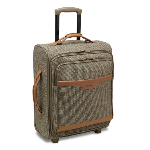 "Hartmann Tweed 20"" Mobile Traveler Wide in Walnut"