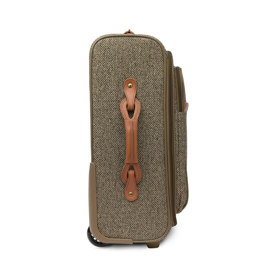 "Hartmann Tweed 22"" Expandable Mobile Traveler in Walnut"