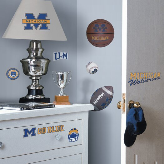 Room Mates Collegiate Sports 25 Piece Appliqué Michigan Wolverines Wall Decal Set