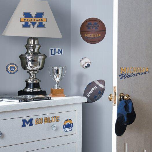 Room Mates Collegiate Sports 25 Piece Appliqué Michigan Wolverines Wall Decal Set