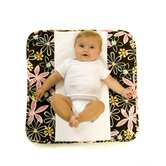 The Plush Pad Memory Foam Changing Pad in Retro Daisy