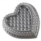 Platinum Quilted Heart Bundt Pan