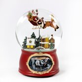 Traditional Holiday Scene Water Globe
