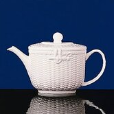 Nantucket Basket 2.1 Pt. Teapot