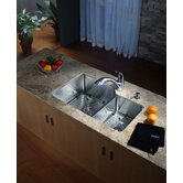 "32"" Undermount 70/30 Kitchen Sink with 11"" Faucet and Soap Dispenser in Chrome"