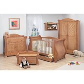 Marie 7 Piece Nursery Set in Old English