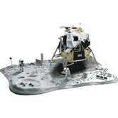 1:48 Lunar Landing Plastic Model Kit