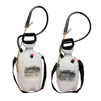 RL Flo-Master Commercial-Grade Polyethylene Sprayer with Flat Fan Nozzle in White / Black