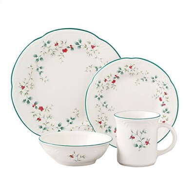 Winterberry 16 Piece Dinnerware Set