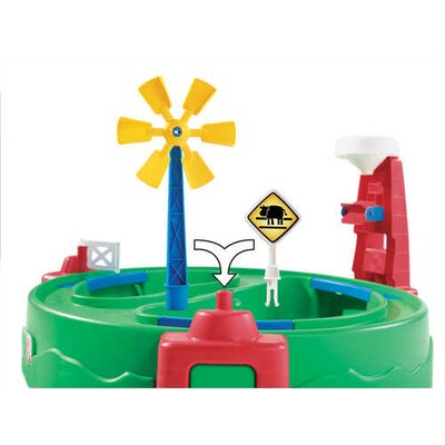 Step2 Sand and Water Fun Farm