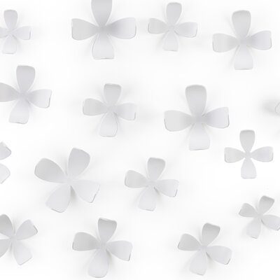 Umbra Wall Flower in White (Set of 25)