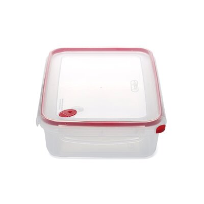 Sterilite Ultra-Seal 16 Cups Rectangle Food Storage Container