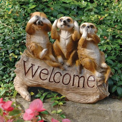 The Meerkat Menagerie Welcome Statue