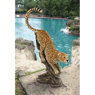 Design Toscano Stalking The Savannah Cheetah Statue