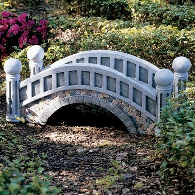 Design Toscano The Halfpence Cobble Stone Bridge Statue