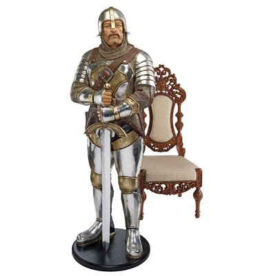 Design Toscano Medieval Knight of the Round Life-Size Statue