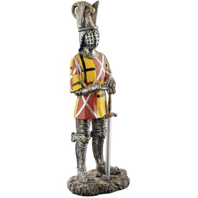Design Toscano The Royal Gothic Knight of Castel Tures Figurine