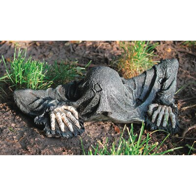 The Creeper from the Grave Statue