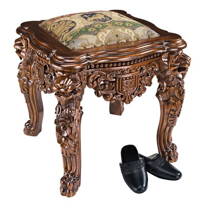 Design Toscano The Lord Raffles Lion Leg Gothic Stool
