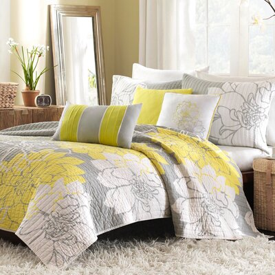 Lola 6 Piece Coverlet Set