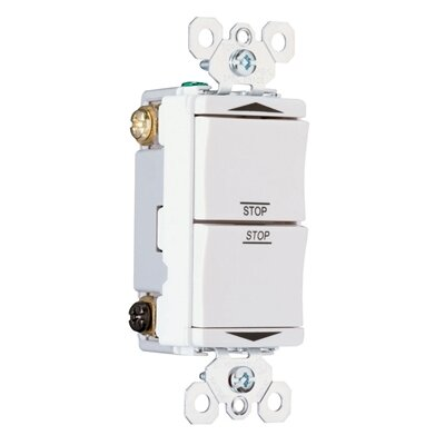 Legrand TradeMaster 15A120V Decorator Double Throw Maintained Contact Switch Center Off in White