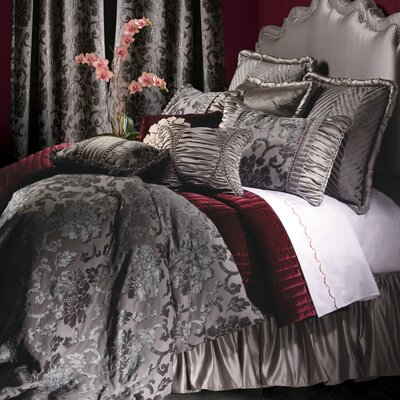 La Rose Bedding Collection