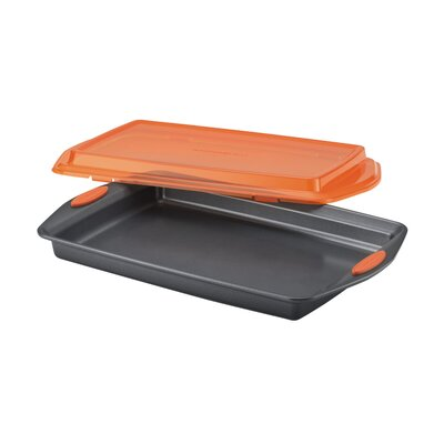 "Rachael Ray Yum-O Nonstick 10"" x 15"" Covered Cookie Pan with Lid"