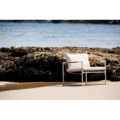 Harbour Outdoor Breeze Lounge Chair with Cushions