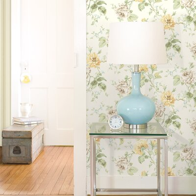 Willow Cottage Rose Trail Wallpaper in White