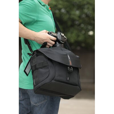 Vanguard USA The Heralder 28 Photo/Video Messenger Bag