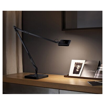<strong>FLOS</strong> Kelvin LED Desk Lamp