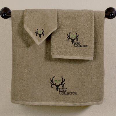 Bone Collector Bath Towel