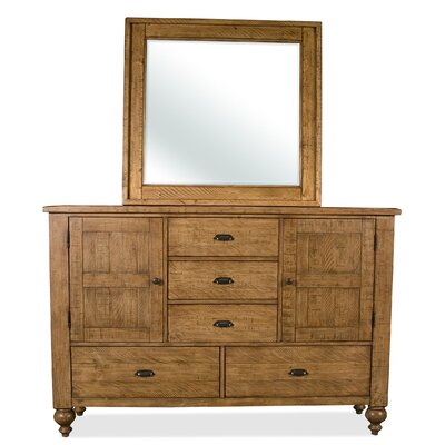 Riverside Furniture Summerhill 5 Drawer Dresser
