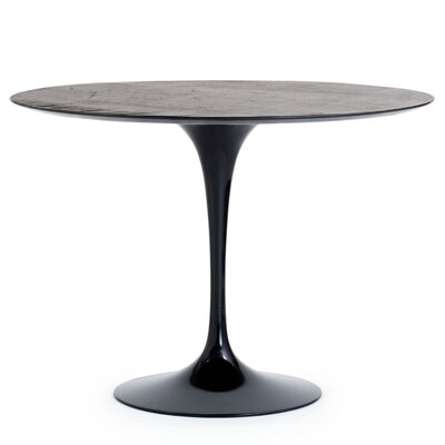 Knoll ® Saarinen Outdoor Dining Table