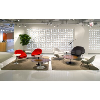 Knoll ® Saarinen Round Coffee Table