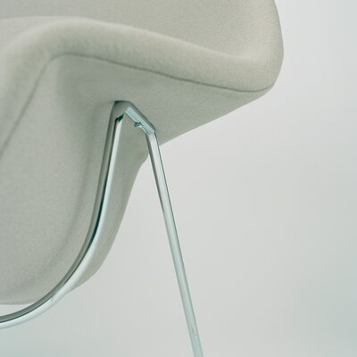 Knoll ® Womb Chair