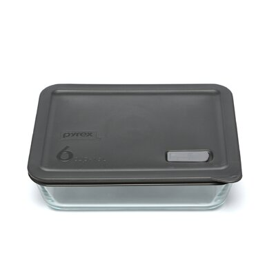 Pyrex No Leak Lids Rectangular Storage / Baking Dish with Six Cup Capacity