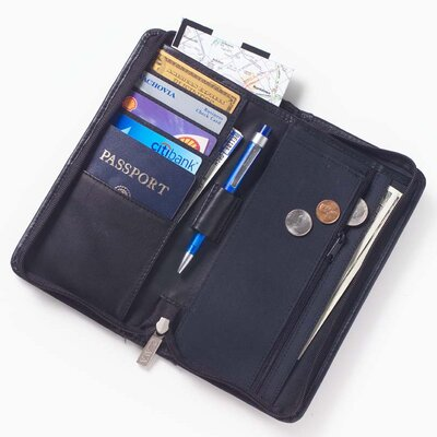Clava Leather Quinley Zip Passport Wallet